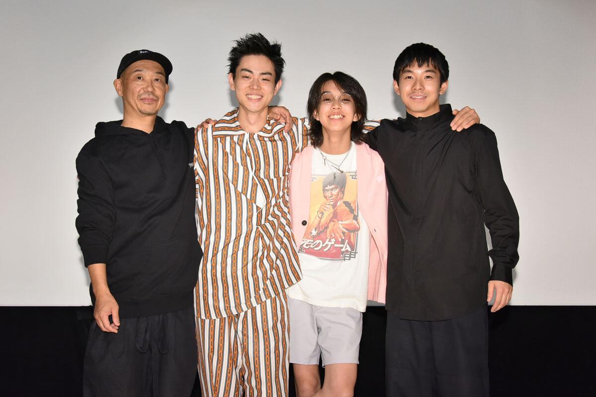 左から大森立嗣監督、菅田将暉、YOSHI、仲野太賀