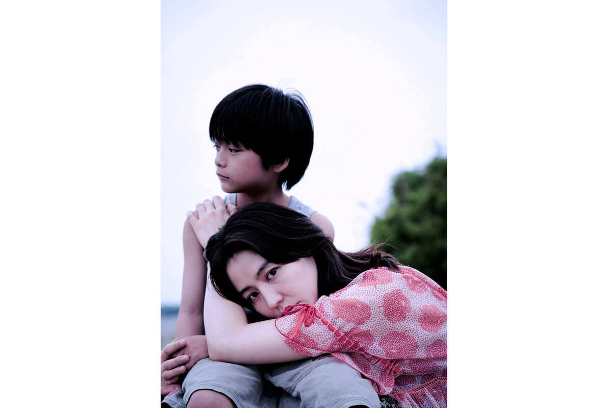 映画『MOTHER マザー』初夏より全国公開