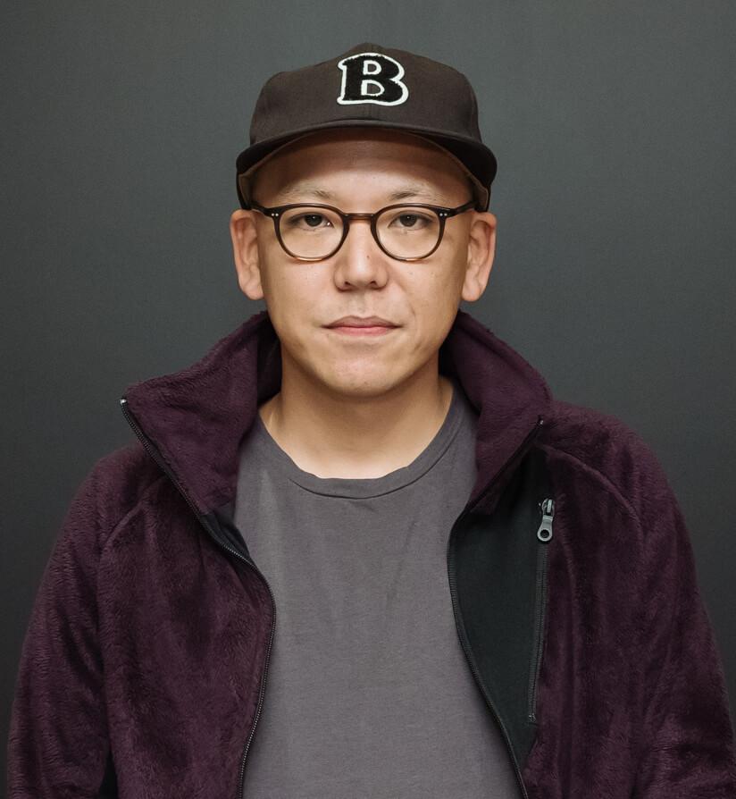 真利⼦哲也 監督